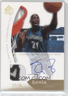 2005-06 SP Authentic Limited Extra Autographs #49 - Kevin Garnett/25 - Courtesy of CheckOutMyCards.com