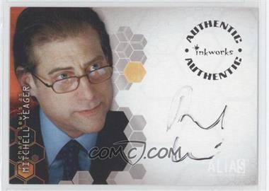 2003 Alias Season Two Autographs #A17 - Richard Lewis - Courtesy of CheckOutMyCards.com